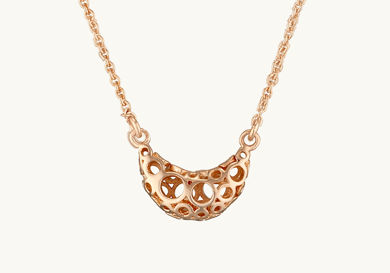L'amour, Love-Shaped Filigree Necklace